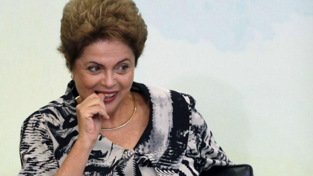 Escândalos no Brasil trazem medo de volta da instabilidade, diz NYT