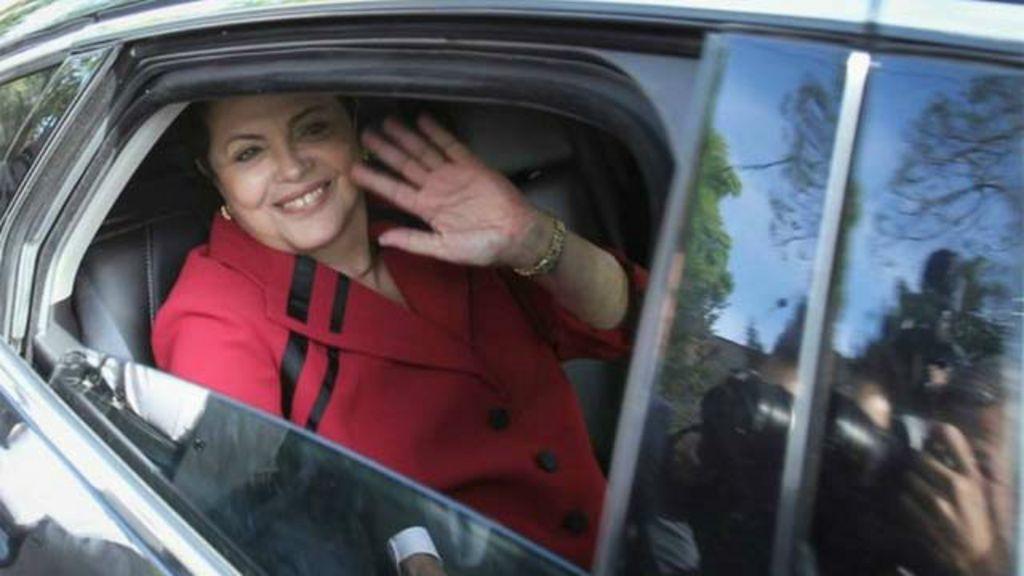 Brasileiro cobra dívida de US$ 100 mil por aluguel de carros em ...