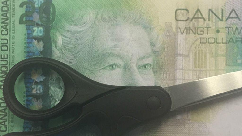 Conheça região no Canadá que corta notas de dinheiro pela metade