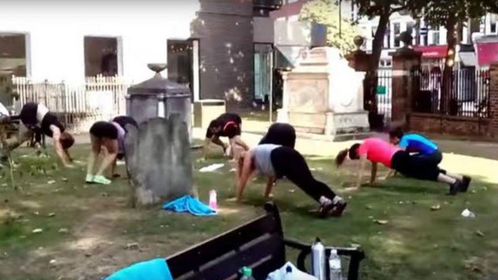 Ginástica no cemitério: Desrespeito ou jeito natural de lidar com a ...