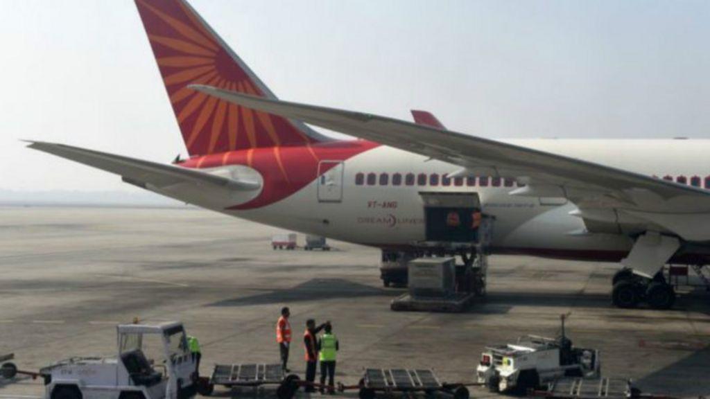 Empresa aérea indiana proíbe tripulação acima do peso de voar ...