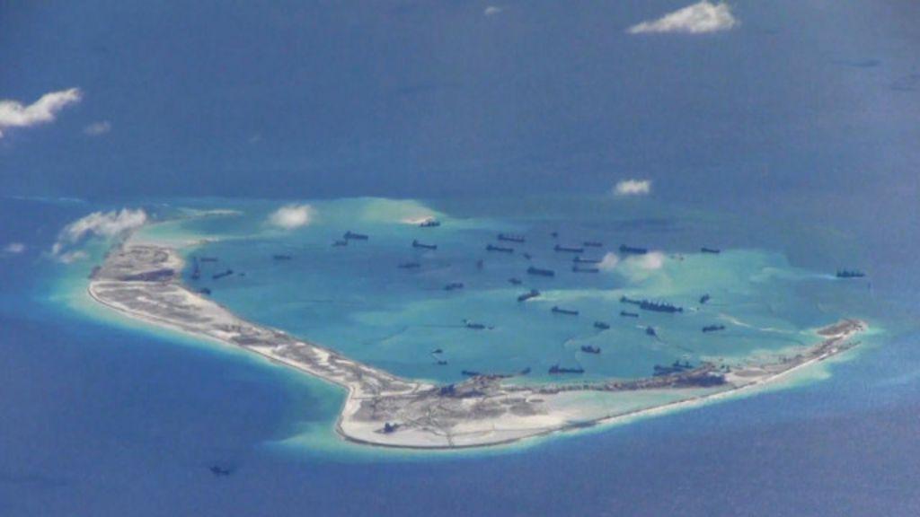 O navio de guerra americano que está dando dor de cabeça à China