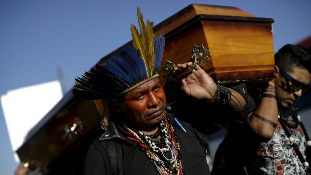 Brasil é cobrado na OEA por violência contra índios - BBC Brasil