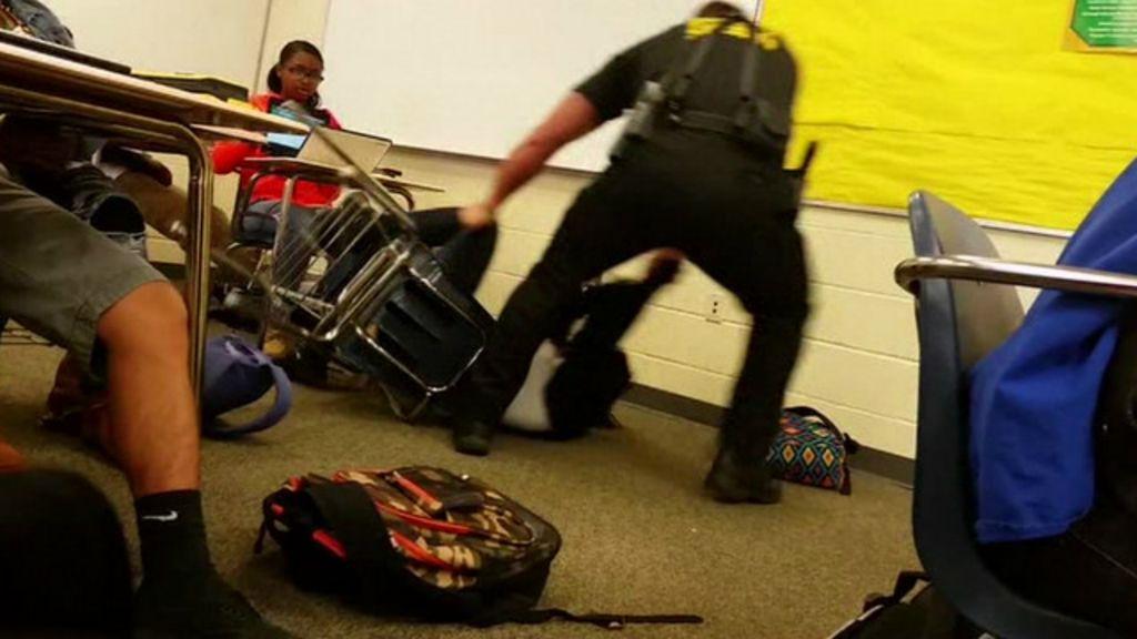 As tensões raciais por trás do caso da estudante agredida em sala ...