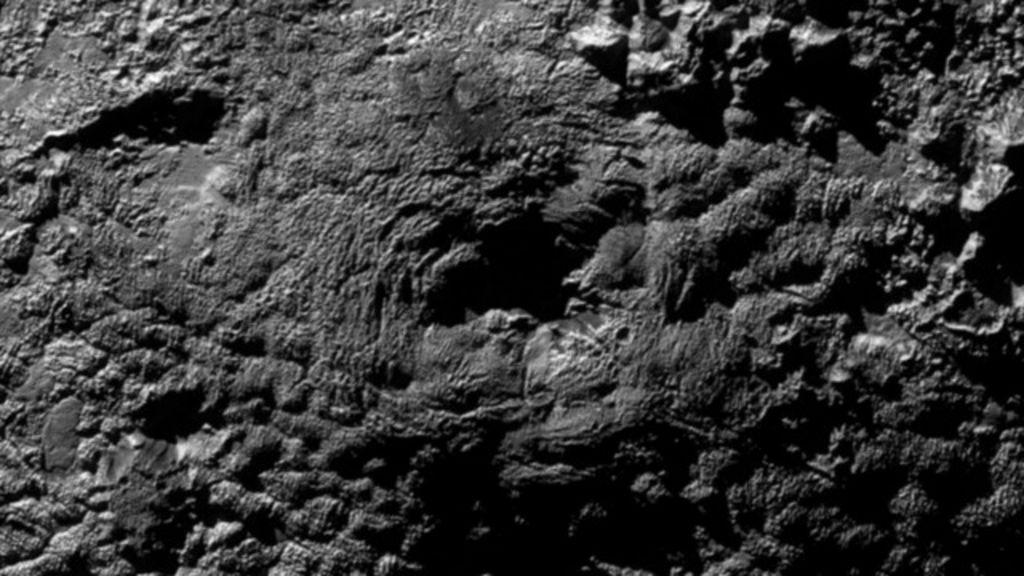 Nasa identifica possíveis 'vulcões de gelo' em Plutão - BBC Brasil