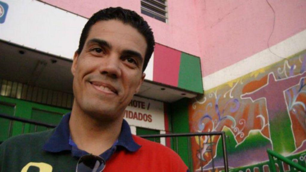 Carteiro promete 'adotar bandido' após ter celular roubado por menor