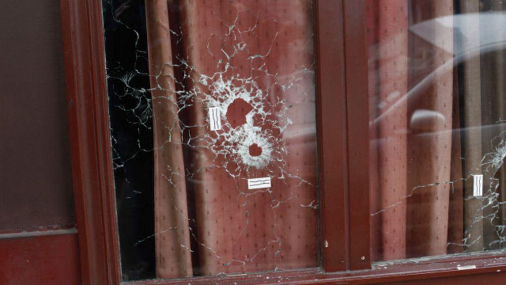 Brasileiro que levou 3 tiros em restaurante 'passa bem', diz cônsul ...