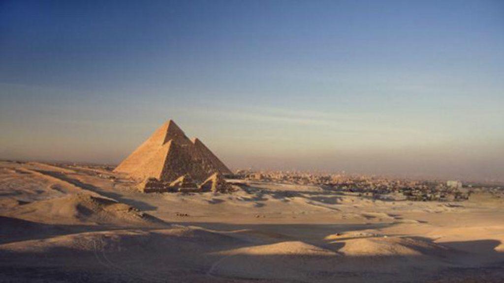 Por que ainda não sabemos o que há no interior das Pirâmides do ...