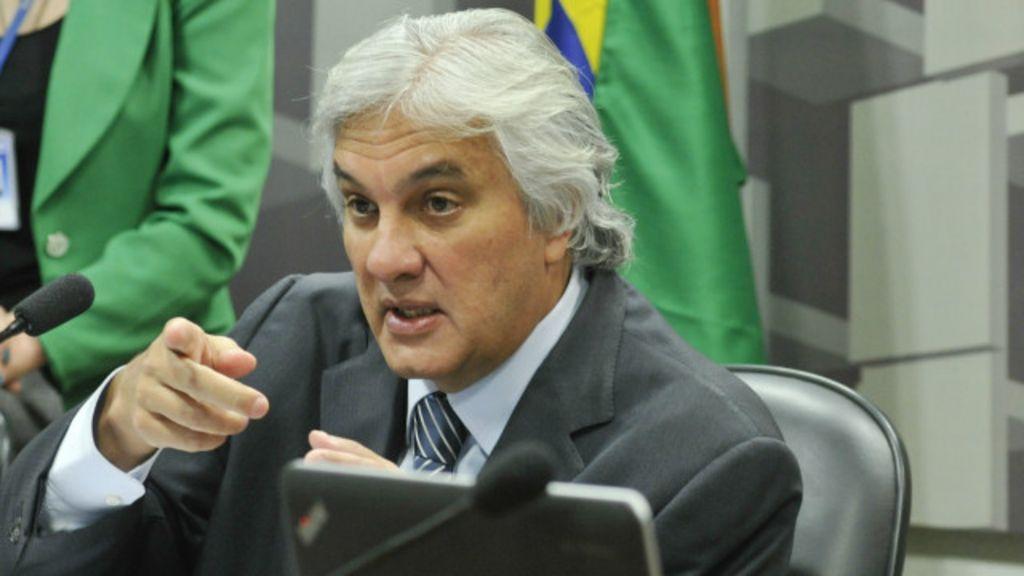 Por que é raro que um parlamentar seja preso? - BBC Brasil