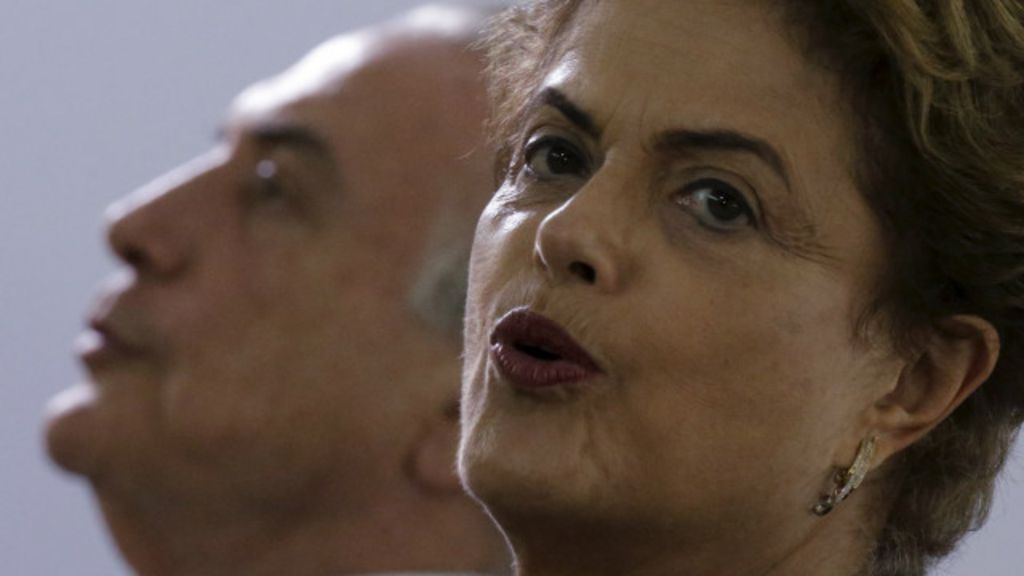Dilma fecha ano fortalecida contra impeachment, mas economia é ...