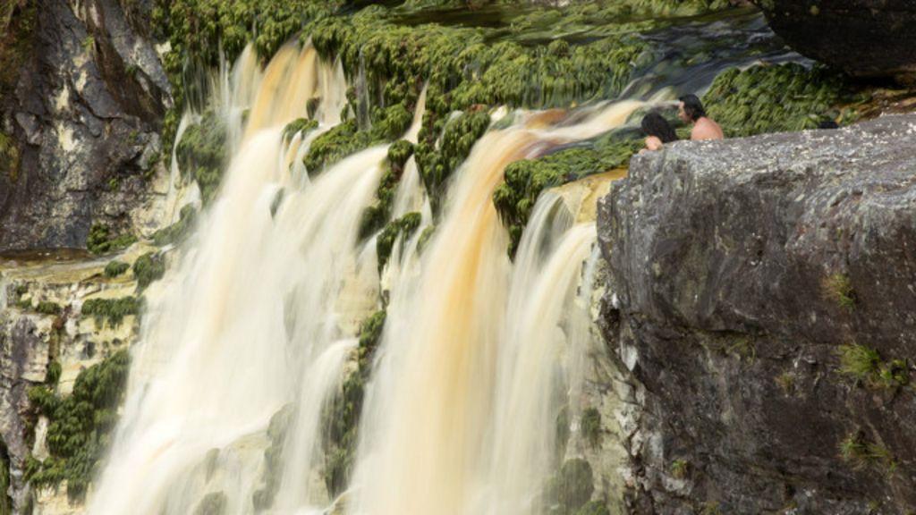 Expedição rumo à cachoeira mais alta do Brasil - BBC Brasil