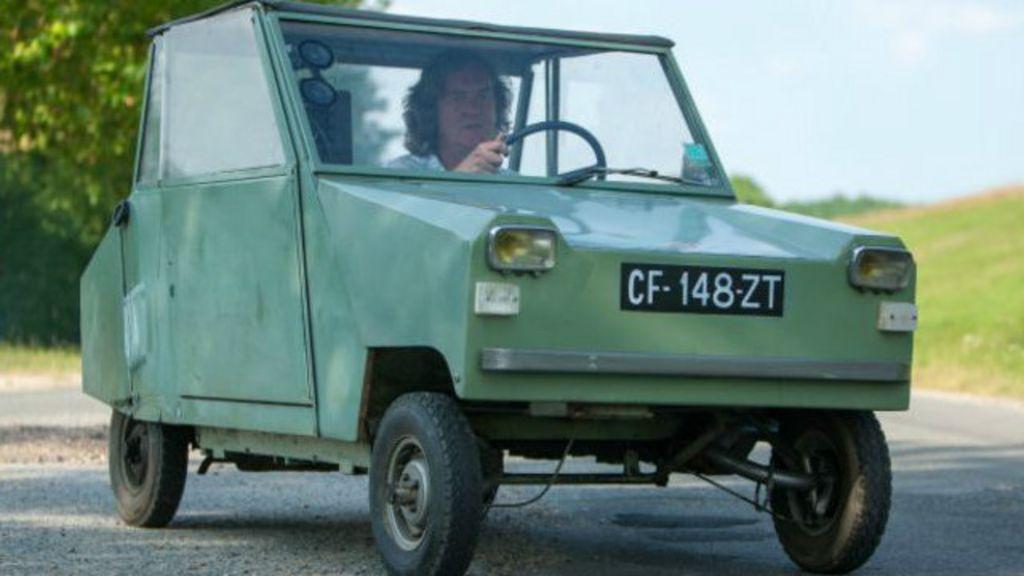 O carro que você pode dirigir na França sem habilitação - BBC Brasil
