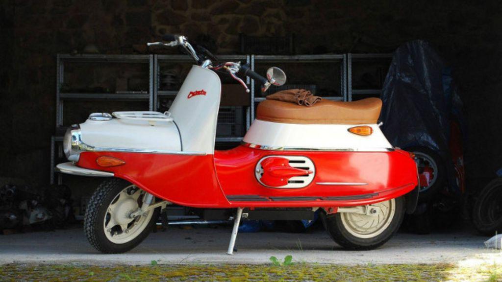 Ícone na Guerra Fria, moto tcheca volta como objeto de desejo ...