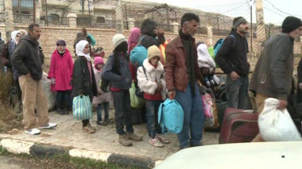 Milhares aguardam chegada da ajuda humanitária a Madaya - BBC ...