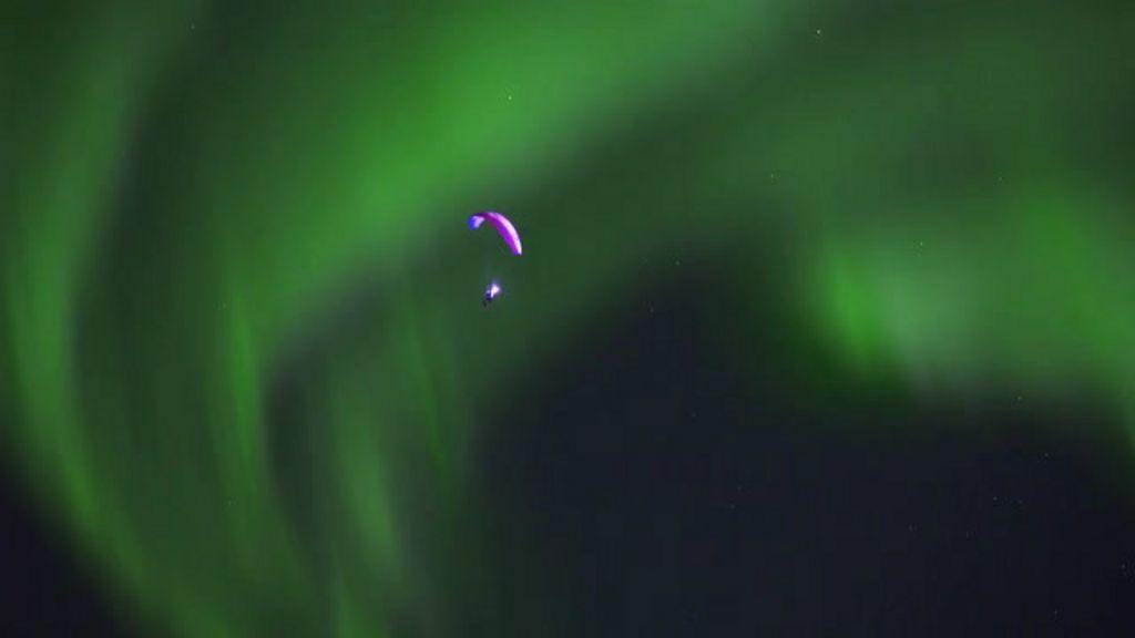 Paraglider enfrenta baixas temperaturas para se aventurar pelo céu ...