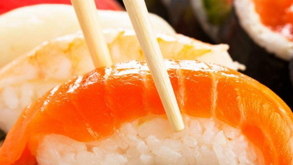 Chefs mulheres desafiam 'machismo do sushi' no Japão - BBC Brasil