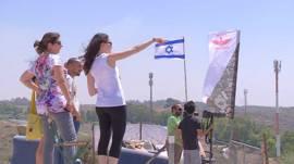 Israelíes observan el conflicto en Gaza