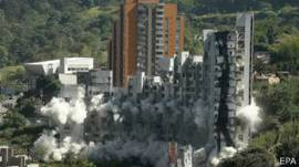 Demolición del edificio Space