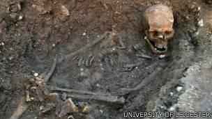Las ciudades de Leicester y York confiaban en que los restos del monarca fueran sepultados en sus catedrales.