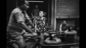 Una anciana anglo-india en Calcuta. Arindam Mukherjee.