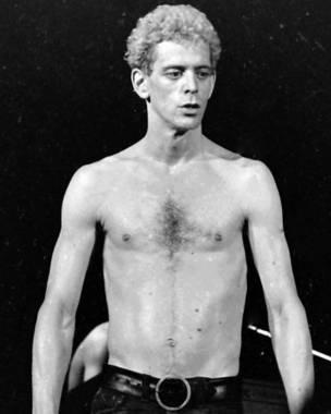 Lou Reed sin camisa