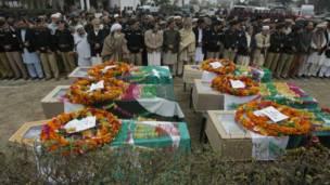 Pemakaman korban