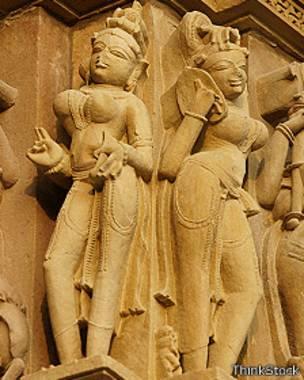 Estatuas femeninas