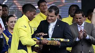 Antonio Valencia, Rafael Correa