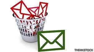 Emails en el correo de la basura