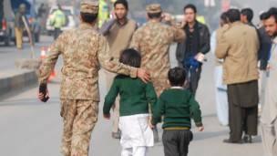 Ataque en Peshawar