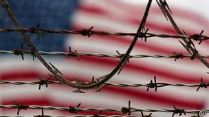 Bandera de EE.UU. en Guantánamo