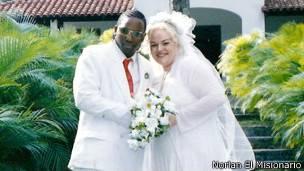 Norlan y su esposa Satu