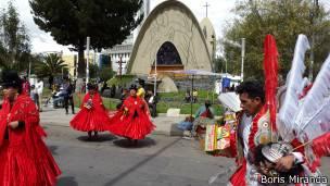 Los aymaras han extendido sus lazos comerciales con otros países, especialmente con China y con comerciantes provenientes de India y Arabia.