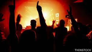 La exposición segura a un concierto a todo volumen sólo es de 28 segundos, según la OMS.