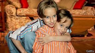 """Sawyer Sweeten apareció en """"Todo el mundo quiere a Raymond"""" entre 1996 y 2005"""