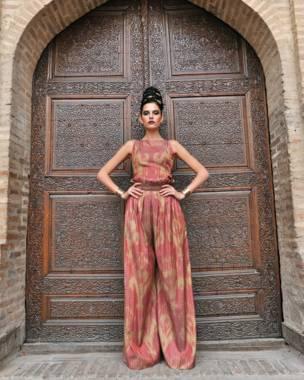 o'zbek moda dizayneri saida amir fasonlaridan namunalar