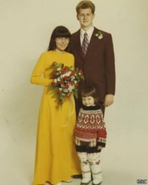 Helene, su marido y su hijo.