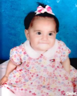 Dafne Almazán a los 10 meses