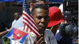 Celebrando la reapertura de la embajada de EE.UU. en Cuba