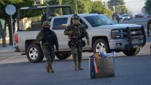 Marinos buscan a El Chapo Guzmán en Los Mochis, Sinaloa