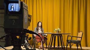 La actriz Rebecca Hall en el set de filmación de