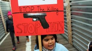 En EE.UU. son usuales las protestas que exigen el control de armas