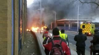 Kecelakaan helikopter di London.