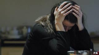 Mulher com depressão (foto: PA)
