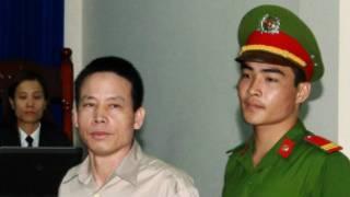 Ông Đoàn Văn Vươn tại tòa hôm bắt đầu xử án