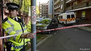 polícia patrulha rua (foto: Reuters)
