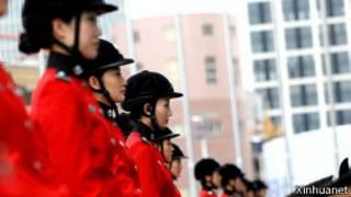 薄熙来创办的大连女子骑警大队