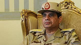 Le général Abdel Fattah al-Sisi, ministre de la Défense, a averti que l'armée interviendrait si des heurts graves se produisent.