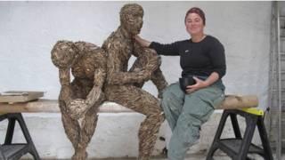 patung kayu