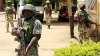 Soldados en Maiduguri